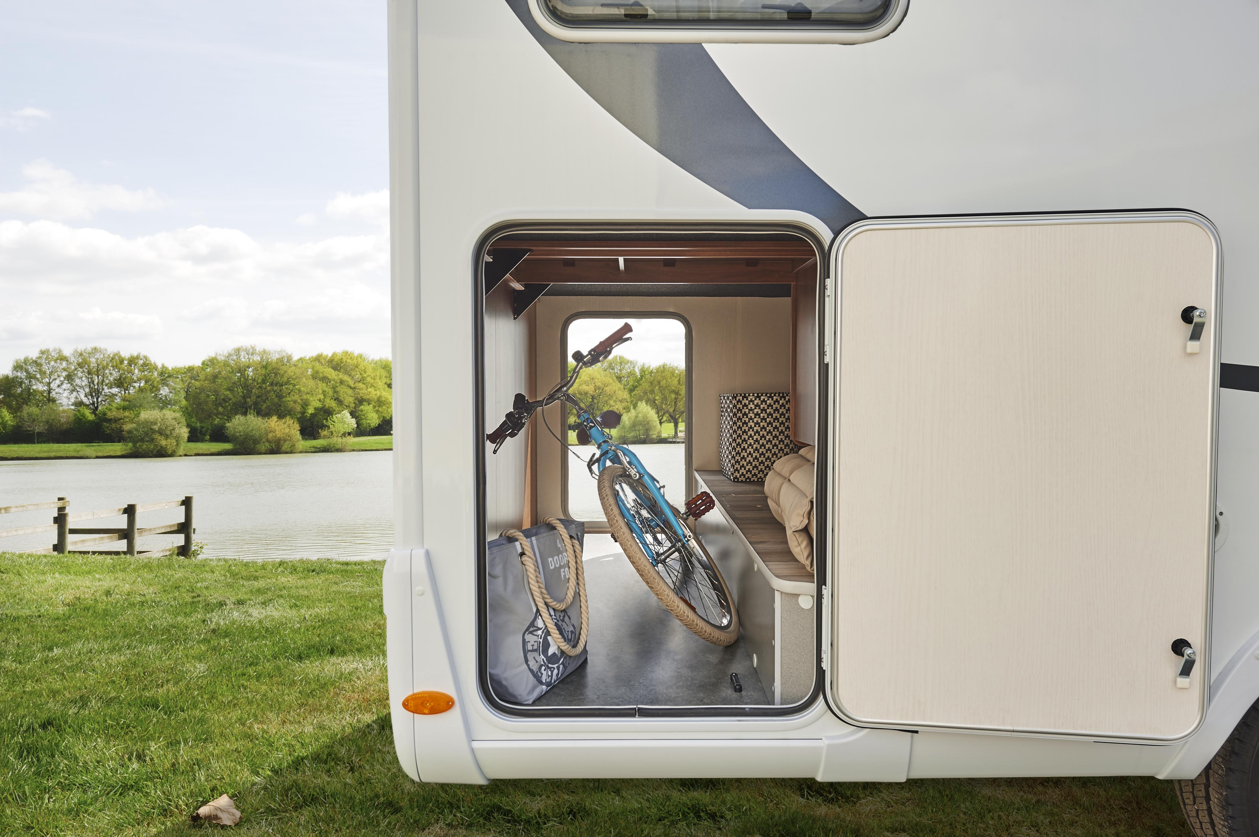 Pilote low profile and a class motorhomes make the world your home advantages of electric height adjustable holds asfbconference2016 Choice Image
